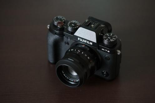 23mm f/2 lens hood.